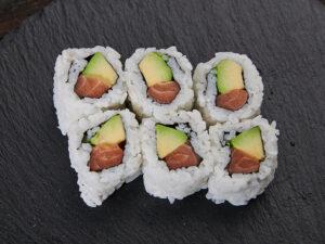 Sake avocado maki