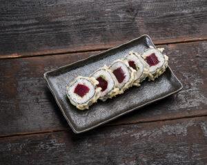 Tuna tempura maki