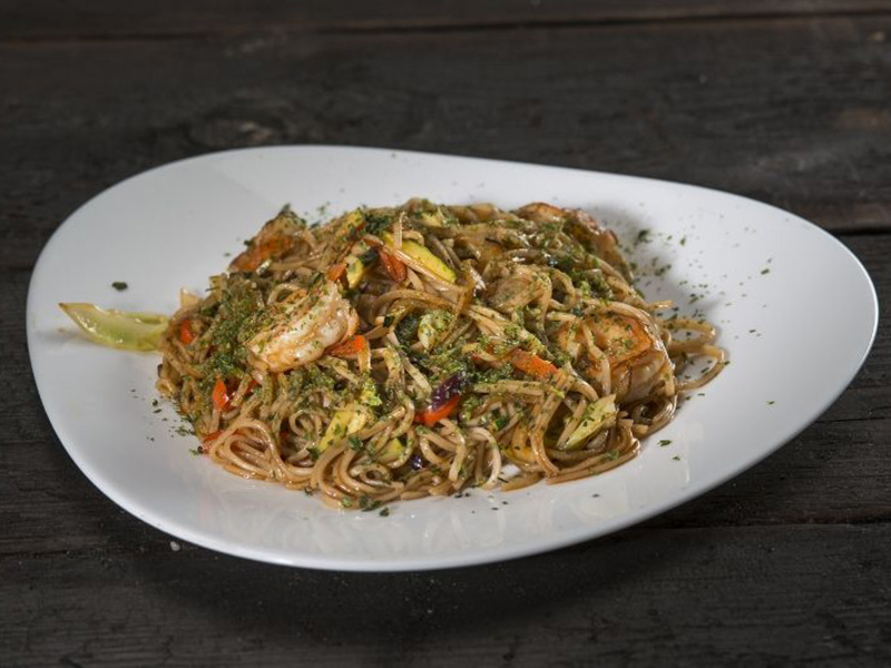 yakisoba-with-shrimps