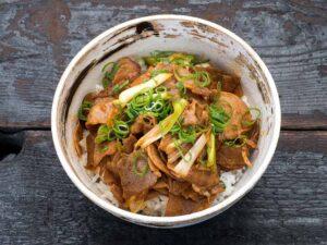 Buta kimchi don
