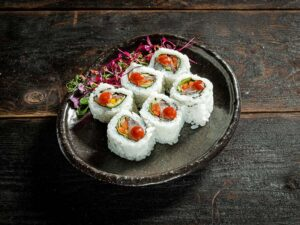 Tai salad roll